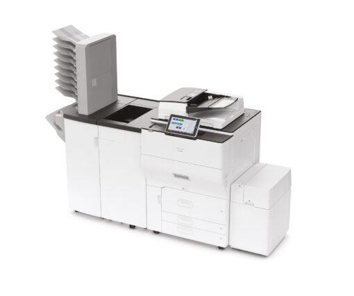 Ricoh multifunktionsprinter med efterbehandlingsenhed